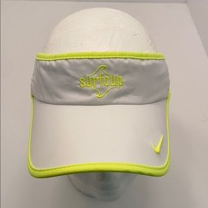 Nike Women's Featherlight Dri-Fit SurfCup Visor